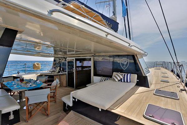 catamaran-anassa-13s
