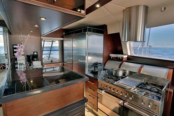 catamaran-anassa-15s