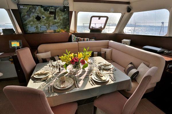catamaran-anassa-16s