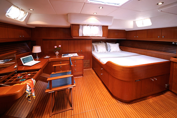 sailingyacht-callisto-13s