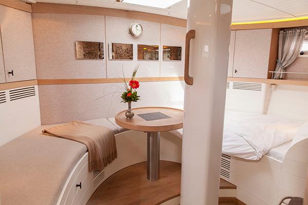sailingyacht-helene-14s