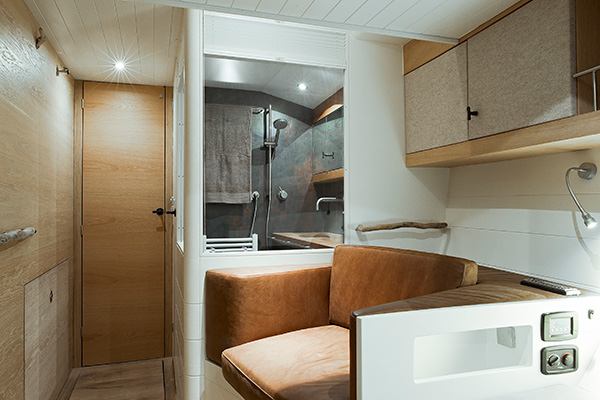 sailingyacht-helene-16s