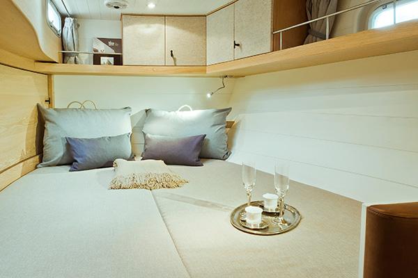 sailingyacht-helene-17s