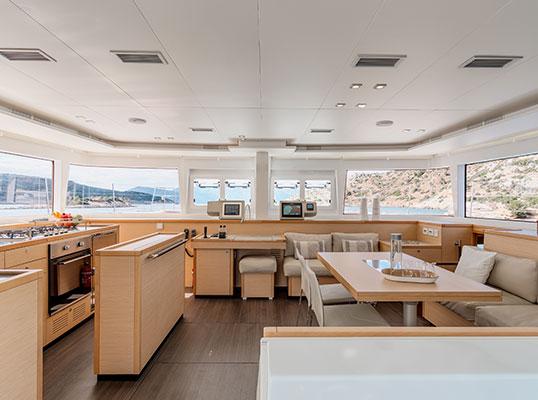 catamaran-moya-10s
