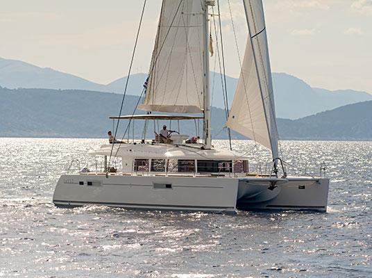 catamaran-moya-4s