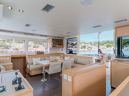 catamaran-moya-9s