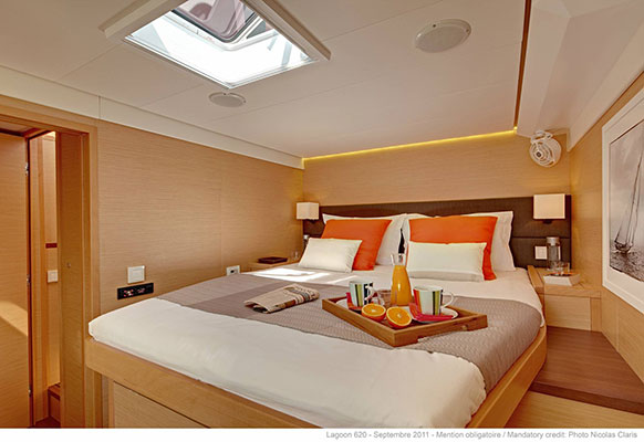 mgyachts-catamarans_myoffice-12s