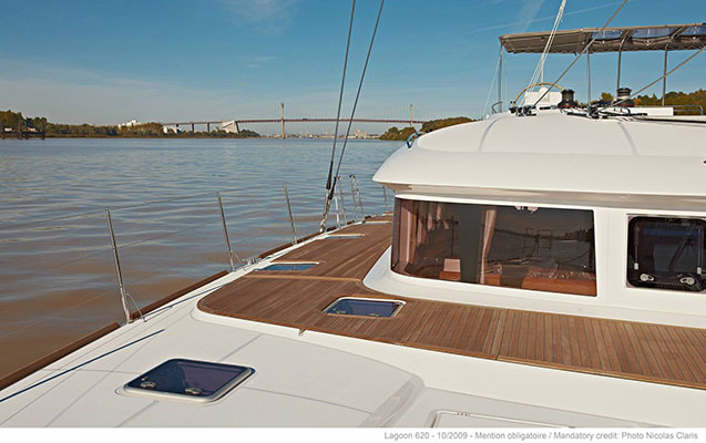 mgyachts-catamarans_myoffice-6s