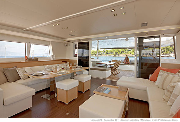 mgyachts-catamarans_myoffice-9s