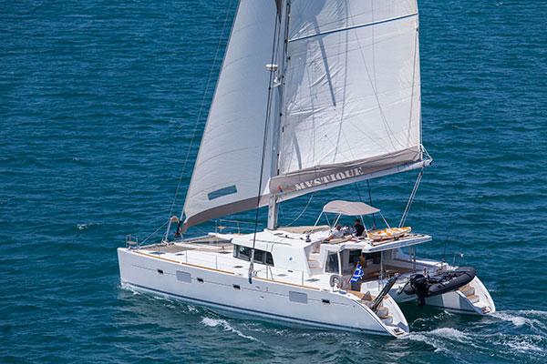 catamaran-mystique-1s