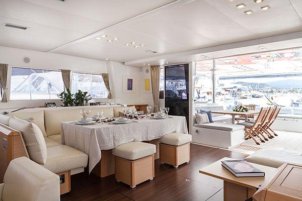 catamaran-nova-9s-2