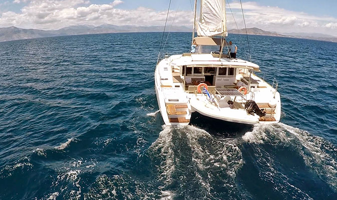 catamaran-new_horizons-1s