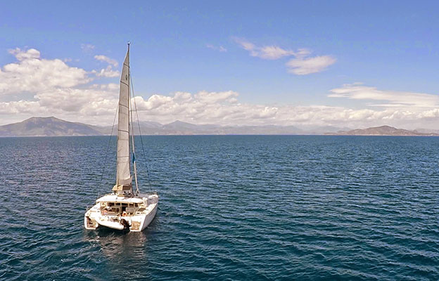catamaran-new_horizons-4s