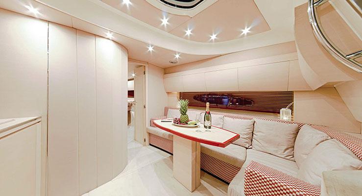 motor-yachts-irida-10L