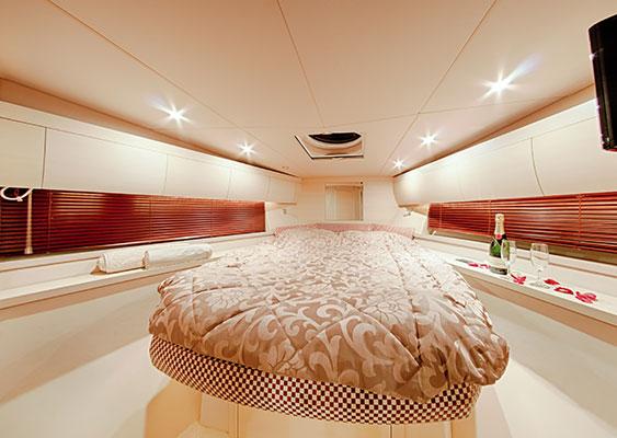 motor-yachts-irida-11L