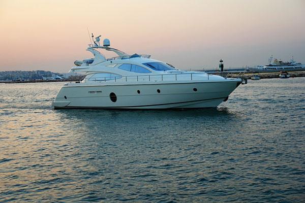 motor-yachts-georgev-2s