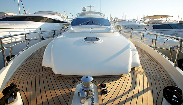motor-yachts-georgev-4s