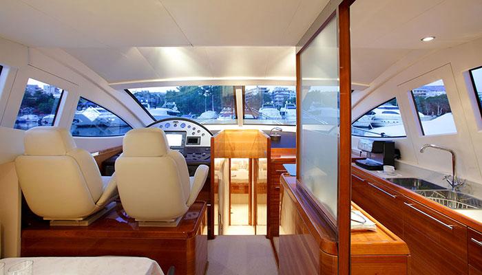 motor-yachts-georgev-9s