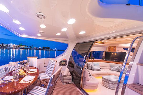 motor-yachts-manu-02s