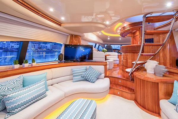 motor-yachts-manu-03s