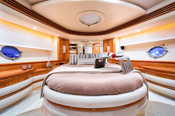 motor-yachts-manu-05s