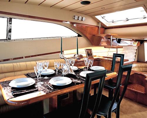motor-yachts-meli-02s