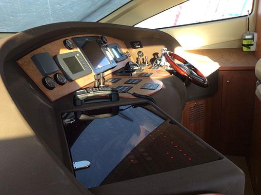 motor-yachts-myjoy-15s
