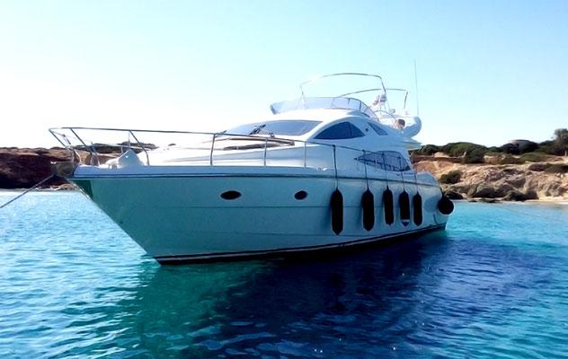 motor-yachts-myjoy-1s