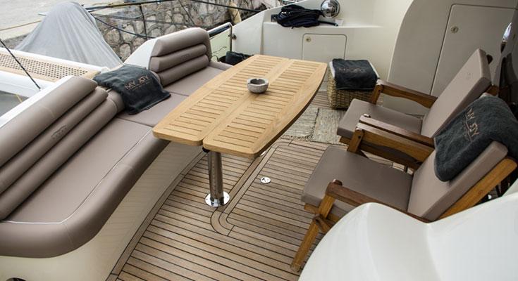 motor-yachts-myjoy-4s