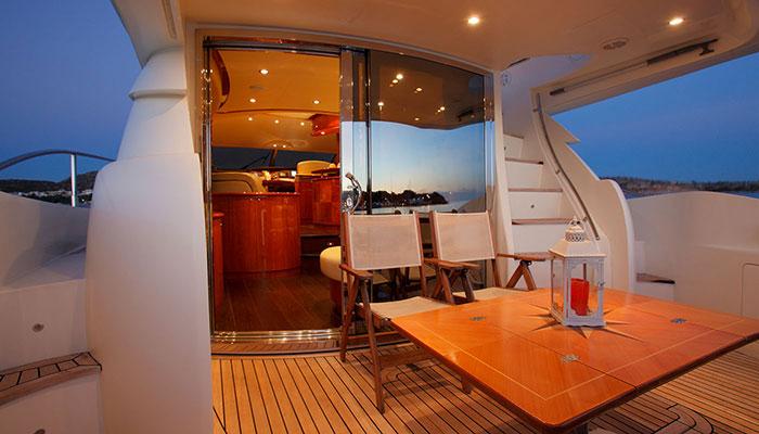 motor-yachts-nellmare-4s