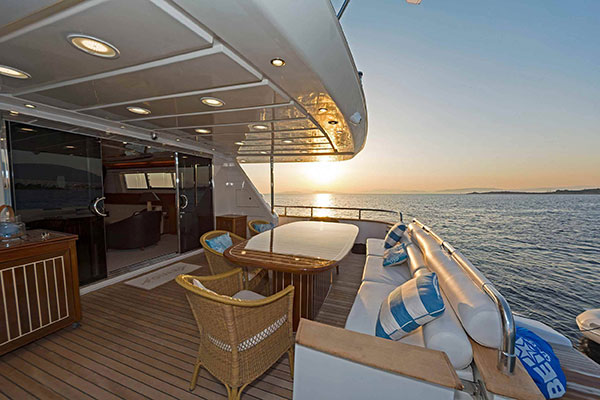 mgyachts_motor-yacht_poirot-14s