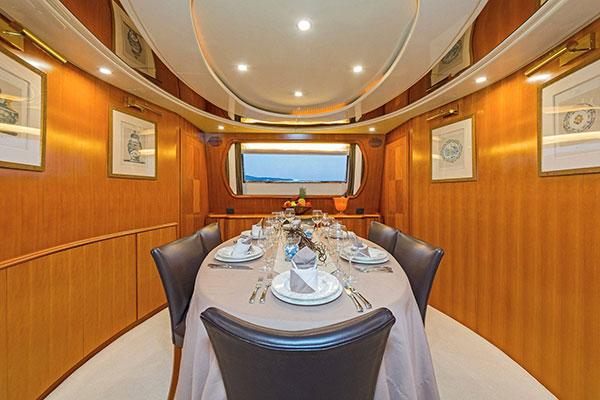 mgyachts_motor-yacht_poirot-16s