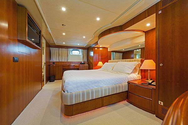 mgyachts_motor-yacht_poirot-21s