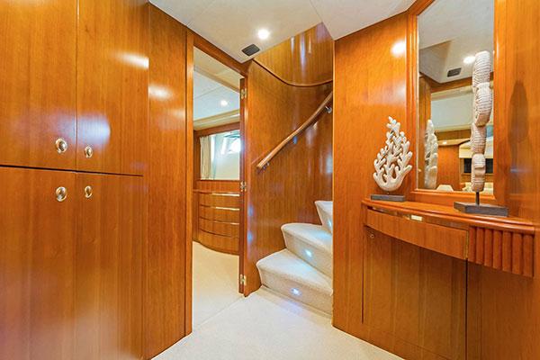 mgyachts_motor-yacht_poirot-24s
