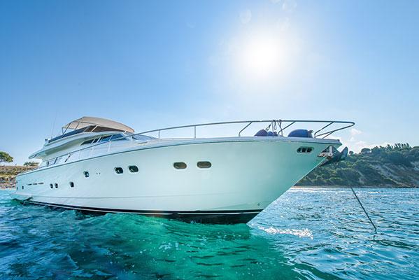 motor-yachts-vento-04s