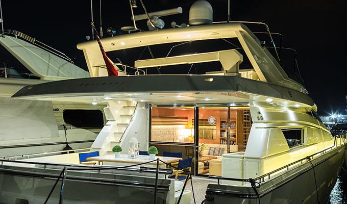 motor-yachts-vento-05s