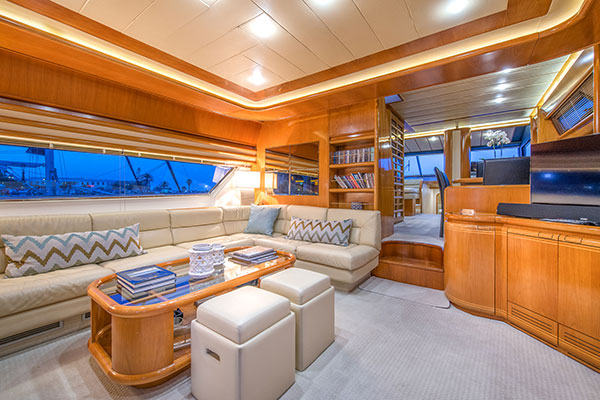 motor-yachts-vento-12s