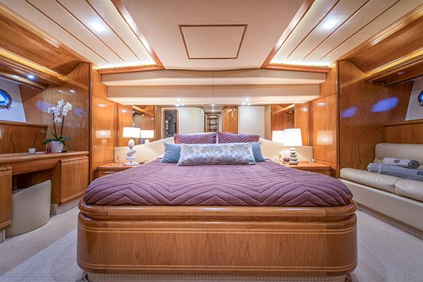 motor-yachts-vento-13s