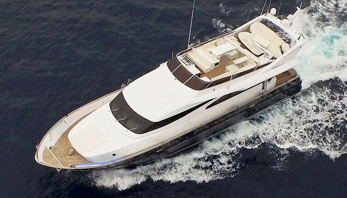 motor-yachts-zoi-2s