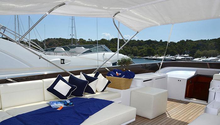 motor-yachts-zoi-6s