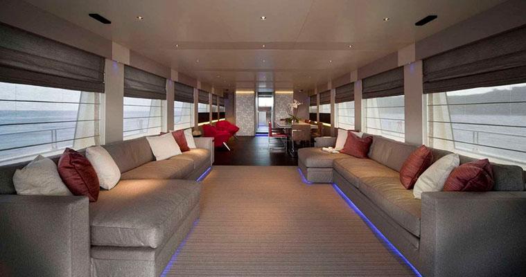 motor-yachts-aurora-11s