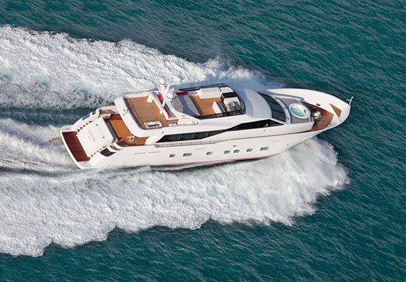 motor-yachts-aurora-6s