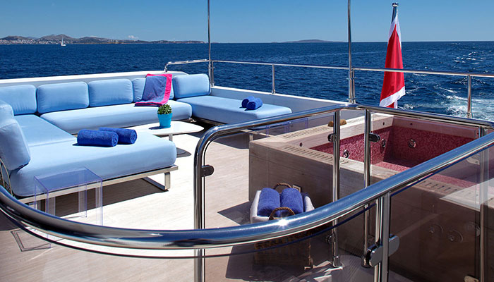 motor-yachts-barentsea-10s