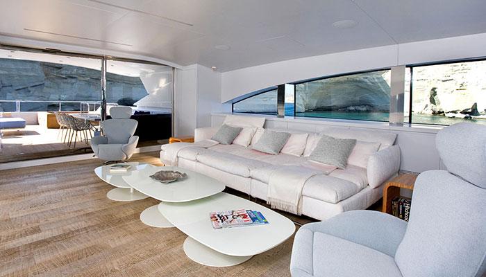 motor-yachts-barentsea-15s