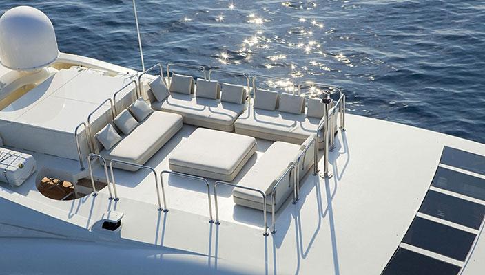 motor-yachts-barentsea-8s