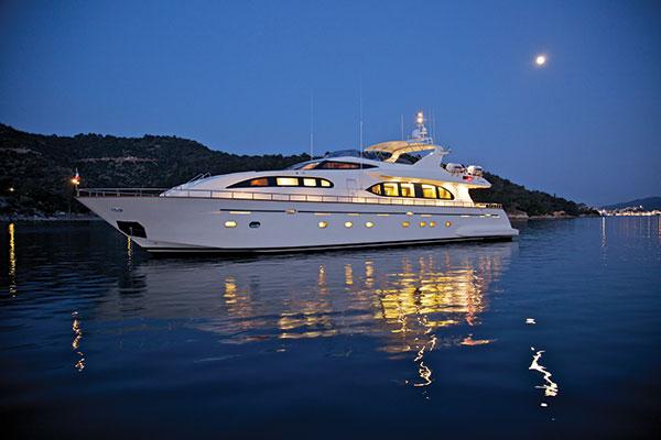 motor-yachts-bonito-01s