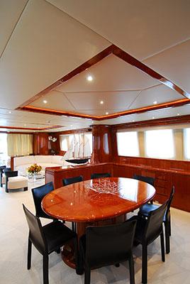 motor-yachts-bonito-08s