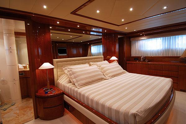 motor-yachts-bonito-09s
