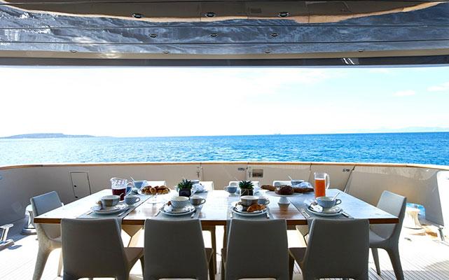 motor-yachts-daloli-04