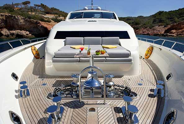 motor-yachts-dragon-03s